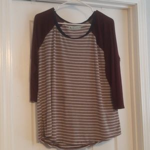 Maurices burgundy Stiped tee